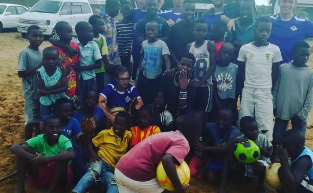 Voetbal outreach afrika